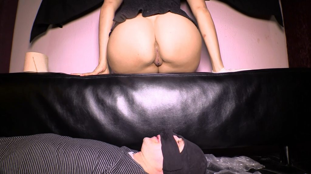 Mistress Diana 002-1