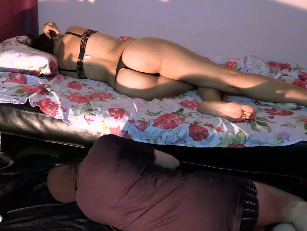 Mistress Diana And Her Slave Have Fun – Full HD 1080p