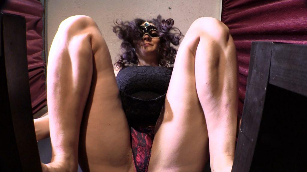 Mistress Diana 016-1