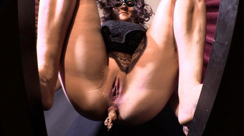 Mistress Diana 016-2