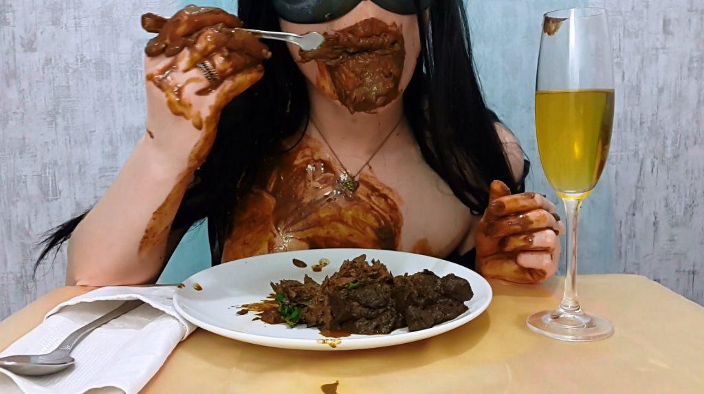 Anna's Private Dinner - PART 2 (Anna Coprofield in Full HD 1080p) - 3