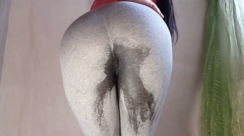 Anna Coprofield – Girl Tight Pants Pooping (Part Two) - 2