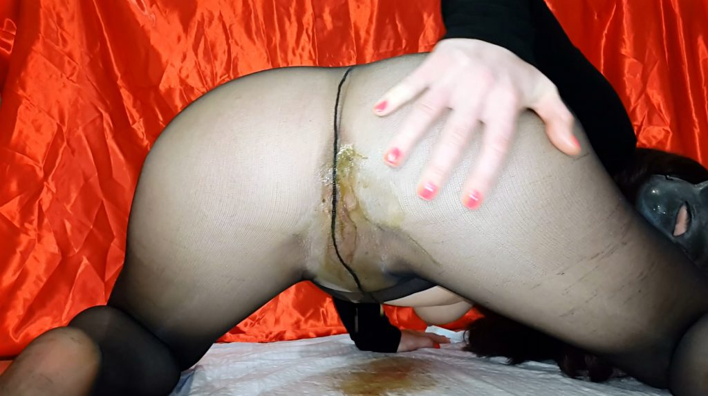 Black Pantyhose And Dirty Ass Spoiled – Anna Coprofield - 2