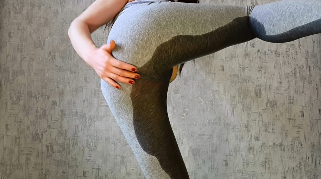 Leggings, Thongs And Filled Pussy Part 1 – Anna Coprofield - 2