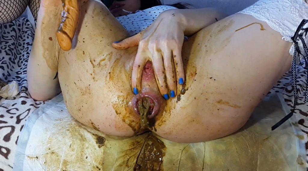 White Panties Diarrhea – Anna Coprofield - 4