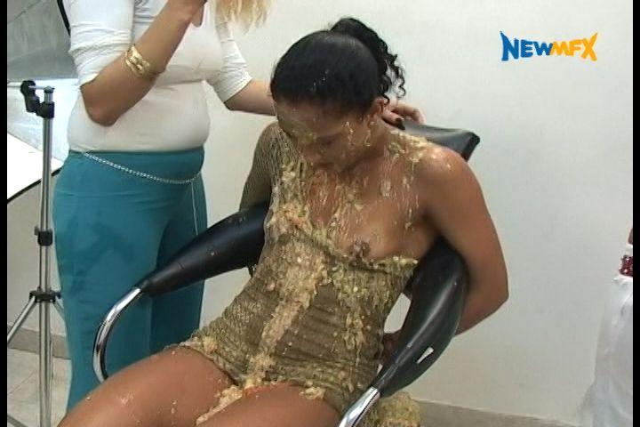 VOMIT PHOTO STUDIO - New Vomit In Brazil - 6