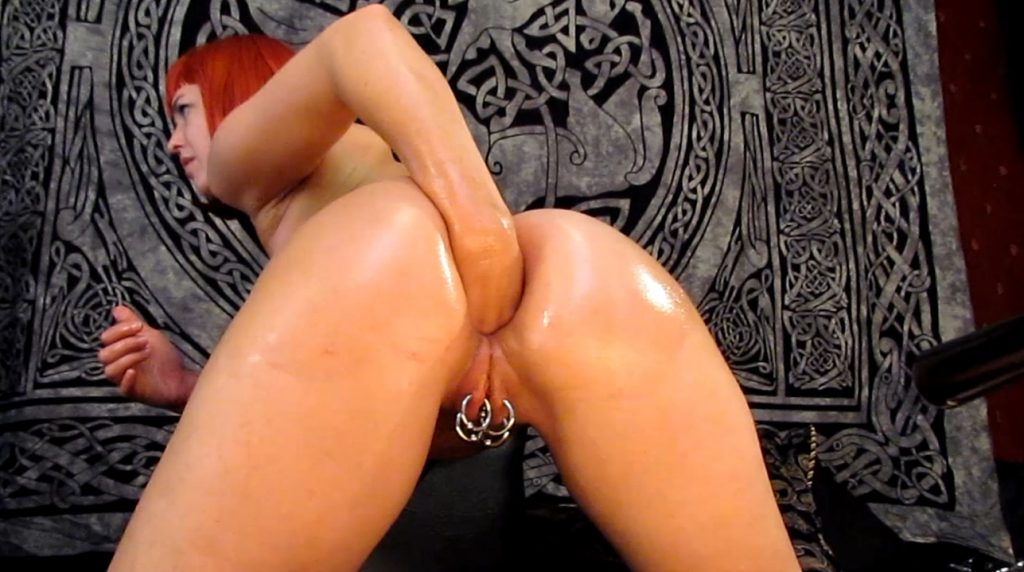 Abigail Dupree - Anal Fisting Finger Gagging (Accidental) Barf Lunch in 1080p-1