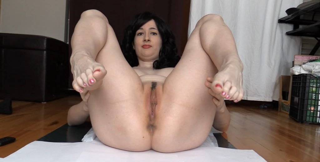 DirtyMaryan - Pooping For Foot Fetish Scat Slave 1