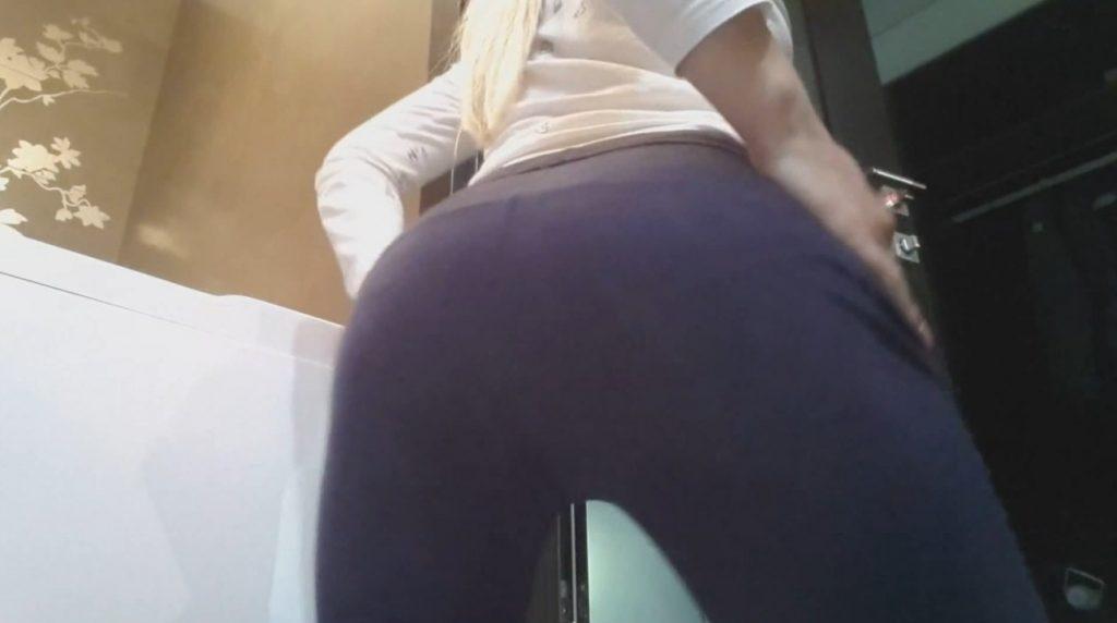 Girl Panty Poop - 1