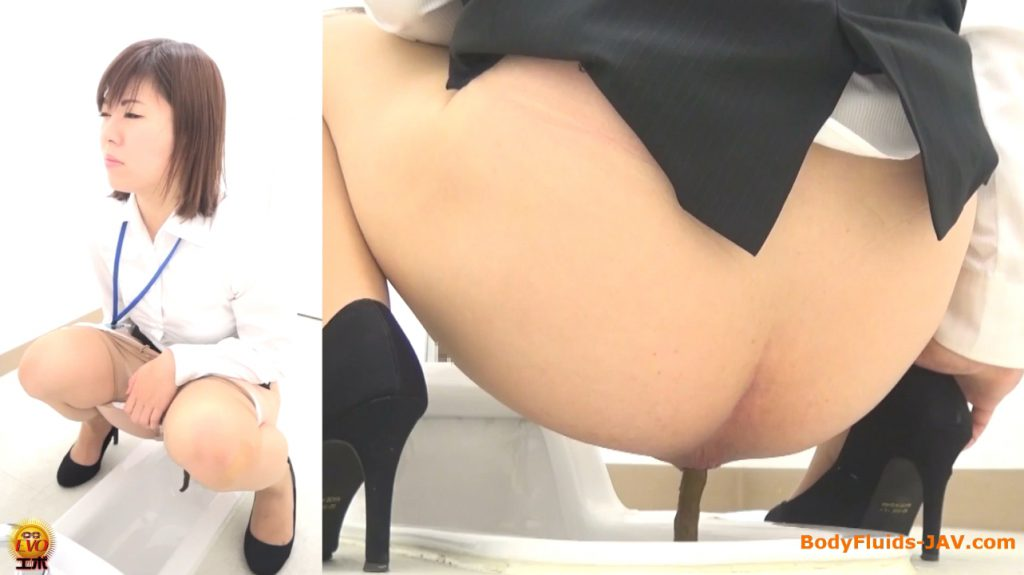 Japanese lady defecating in office toilet - FULL HD 1080p - 2