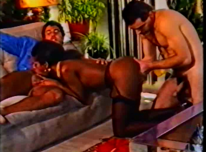 Oh-La-La! Pipi - WM Video Special (Retro Pissing Movie) - 2