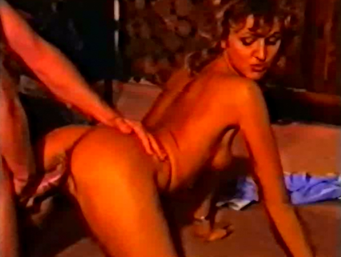 Oh-La-La! Pipi - WM Video Special (Retro Pissing Movie) - 4