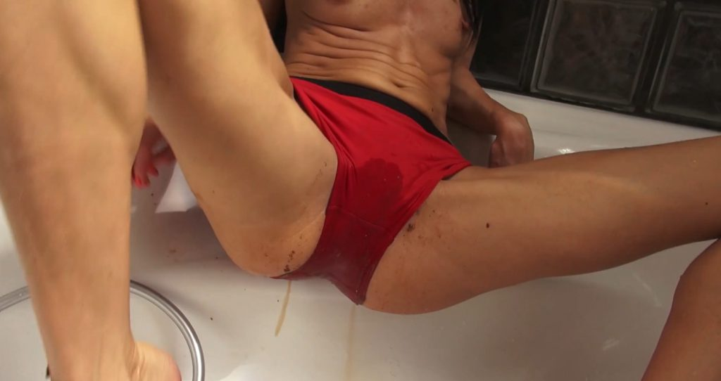 Red Brown Panties in Full HD 1080p - Qu33nSn@ke - 4