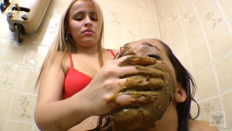 SG-Video Scat Toilette Fight By Anny Portilla - 1