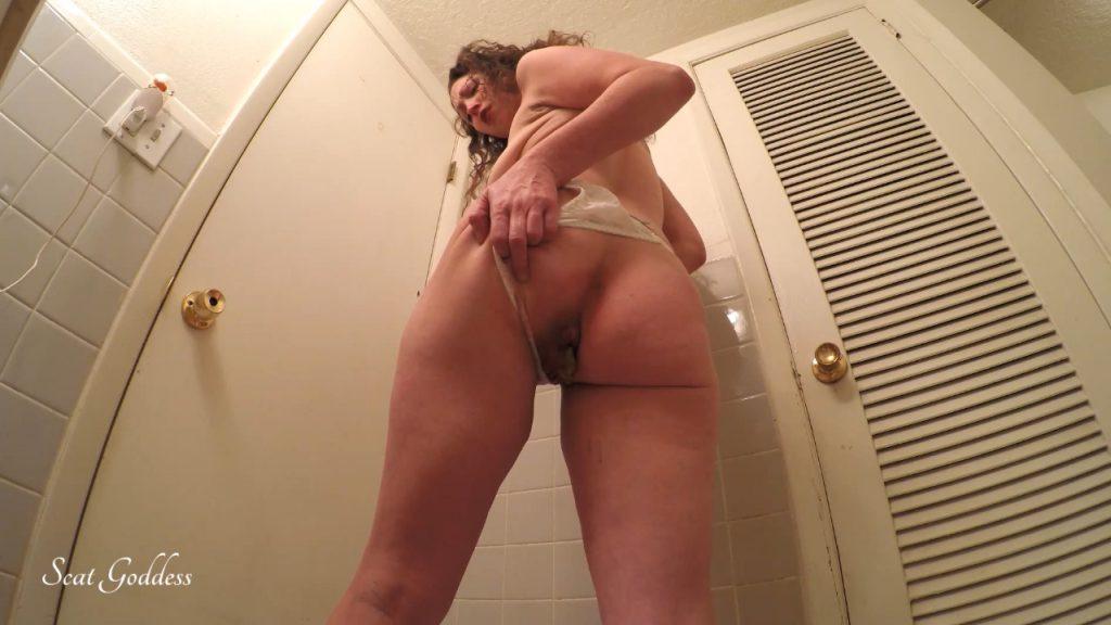 Scat Goddess Amanda - Gassy Tummy Hurt Poop - 4