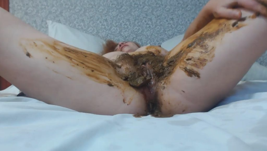Heavy Masturbate In Sadness On The Bed - HD 720p 3