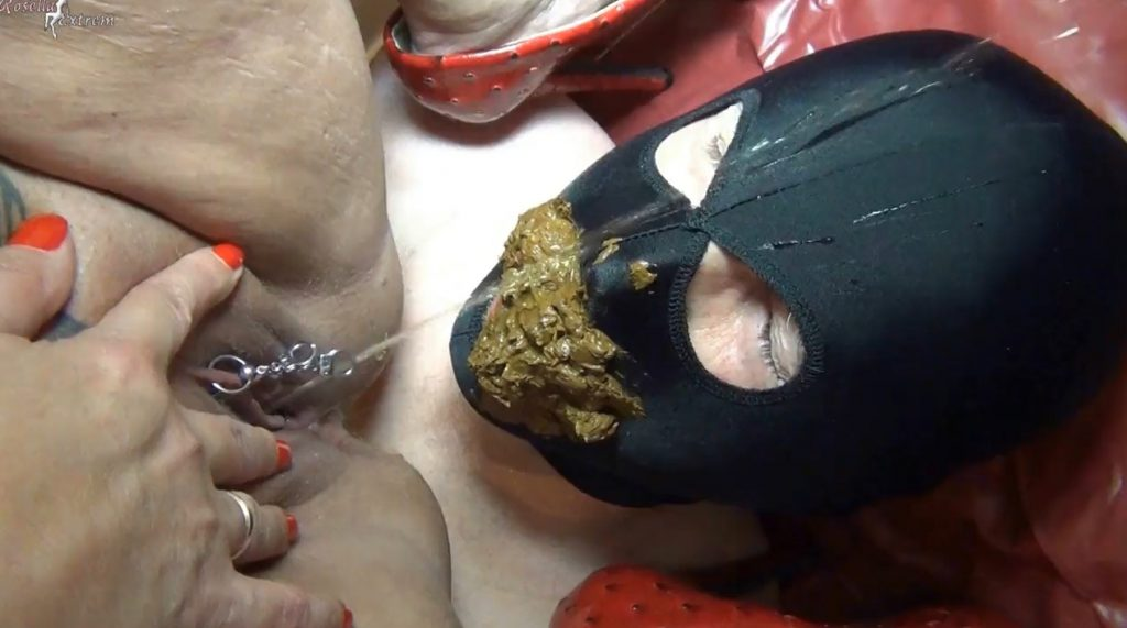 Rosella Extreme - Femdom SCat, Outdoor Shitting and Pissing - 5