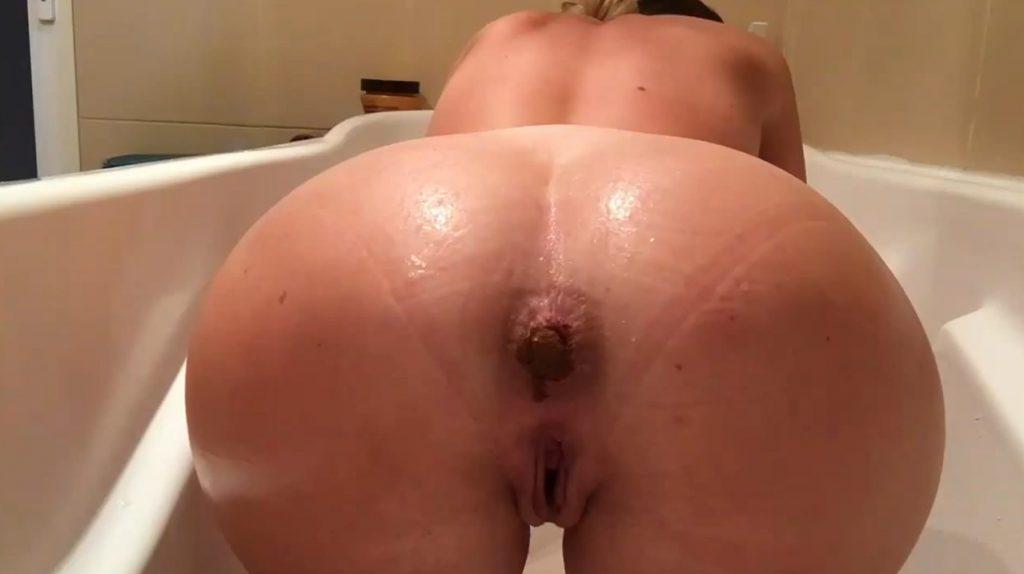 Smearing In Bathtub - 2