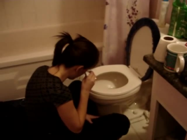 Ash throwing up (Home-made vomiting)