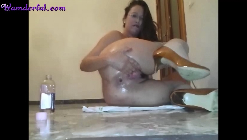 Wamderful - Claudia Shitter Video 28 - Screen 1