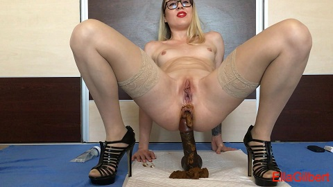 Cum over my full of shit heels (FHD-1080p) Picture 2