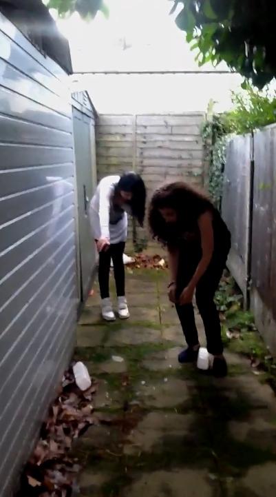 Milk challenge on backyard (SiteRip) Img 3