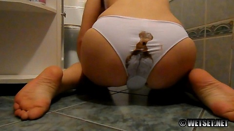 Pooped and Packed Panties (FHD-1080p) Picture 3