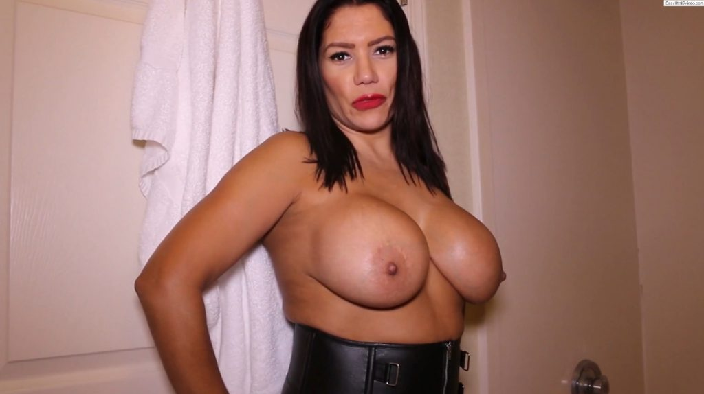 Amazing latina MILF smearing poop on her big tits and ass - Image 1