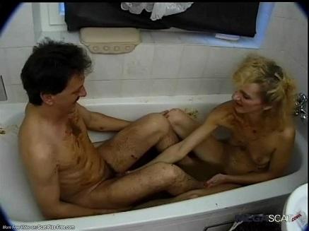 Blond scat slut in the bathtube (Retro Copro Video) Picture 7