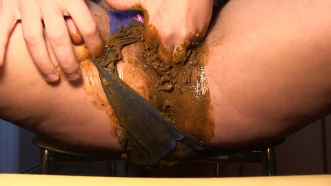 Dirty Barbara Pooping in Blue Panty (FULL HD 1080p) Image 3