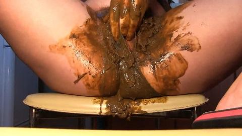 Dirty Barbara Pooping in Blue Panty (FULL HD 1080p) Image 4