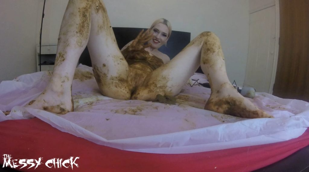 The Messy Chick - Shit Covered Orgasm With My Magic Wand (1080p) 3