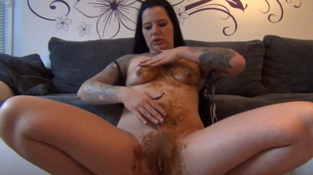 Come and deliver my body of shit - Annissa Yara (1080p Full-HD) Image 3
