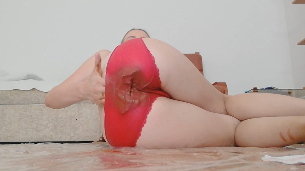 SHIT RED PANTIES (Diana Spark) Image 2