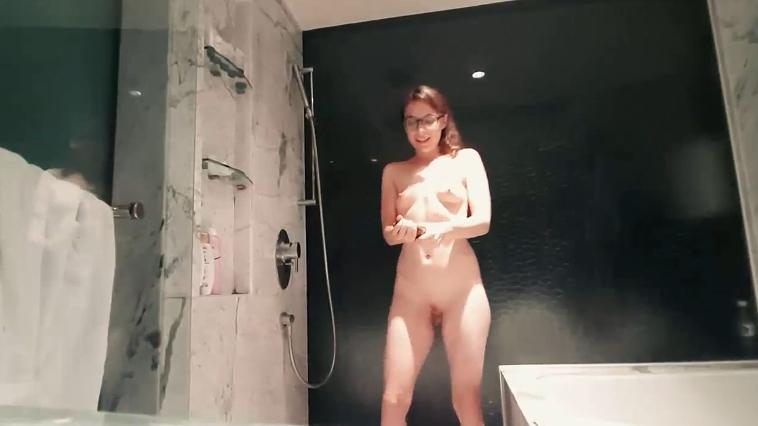 LittleMissKinky - Kinky Girls have more fun (1080p) Image 2