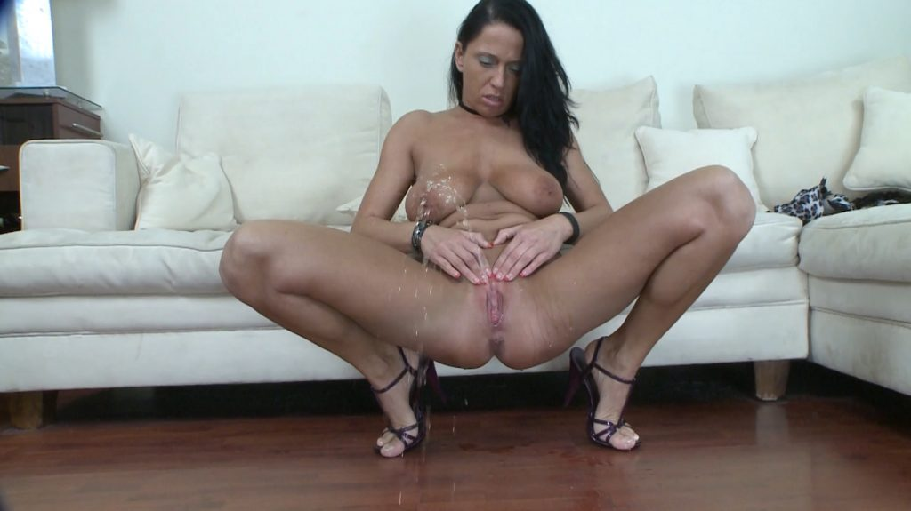 Solo Scat Girls Andy Moore (FULL-HD) Image 1