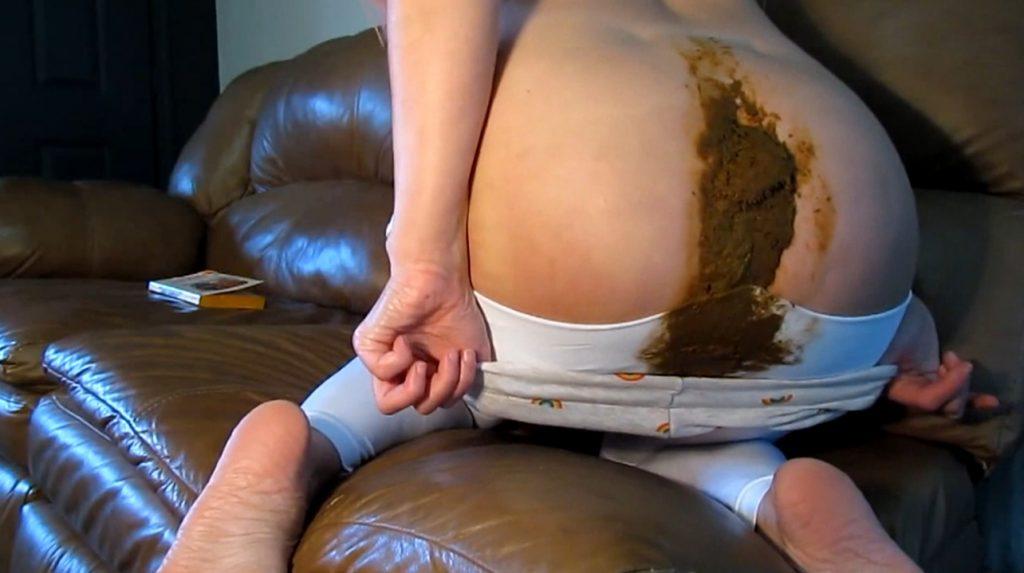 Abigail Dupree - huge turd smash in white leggings (FULL HD 1080p) Picture 3