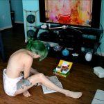 Huge Shit In Diaper (Full HD 1080p)