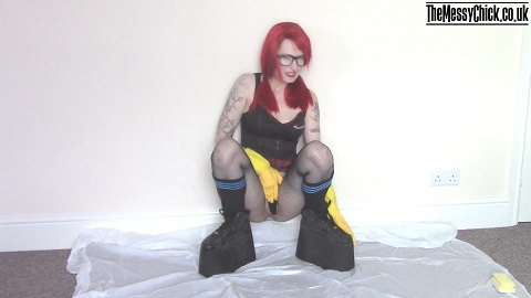 Platform boots pee and messy bj (The Messy Chick aka Mia Fox) Image 1