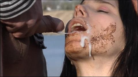 Gentlemens Toilett 3 – I shit in your fucking mouth little Girl (SG-Video)