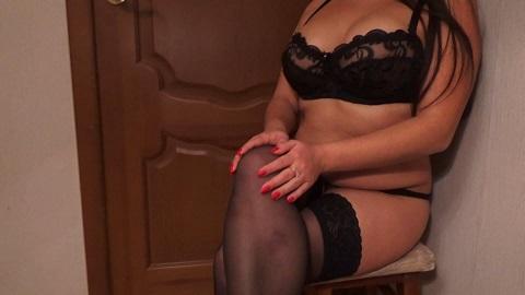 Mistress Nikole – Use a toilet slave (Full HD-1080p)
