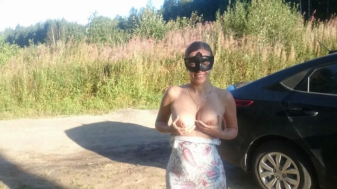 [amateurs] Brown wife – Public madness (Full Edition – Two Videos)